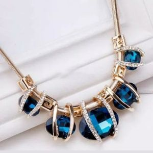 Jewelry - 🔥Royal Blue Sapphire & gold Elegant necklace